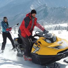 Снегоходно-лыжный поход к подножью Белухи